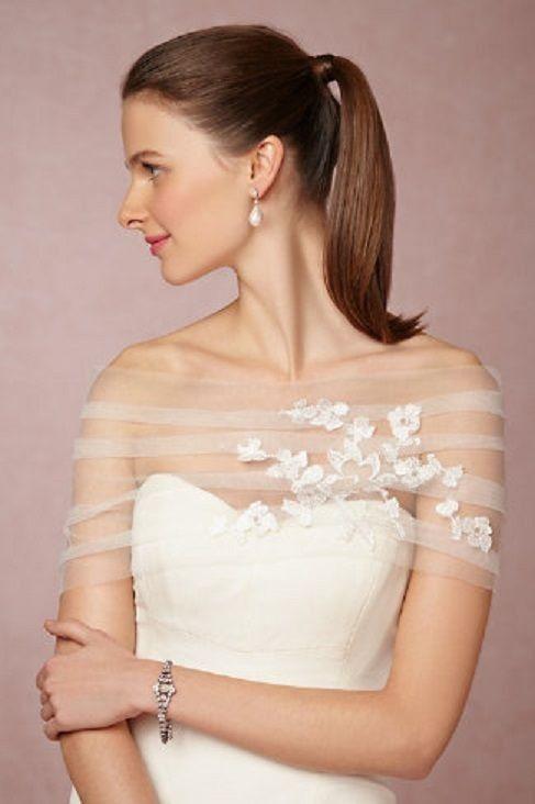 84d7957a0c6b stola per abito da sposa in tulle con pizzo aplicato Prodotto su ...