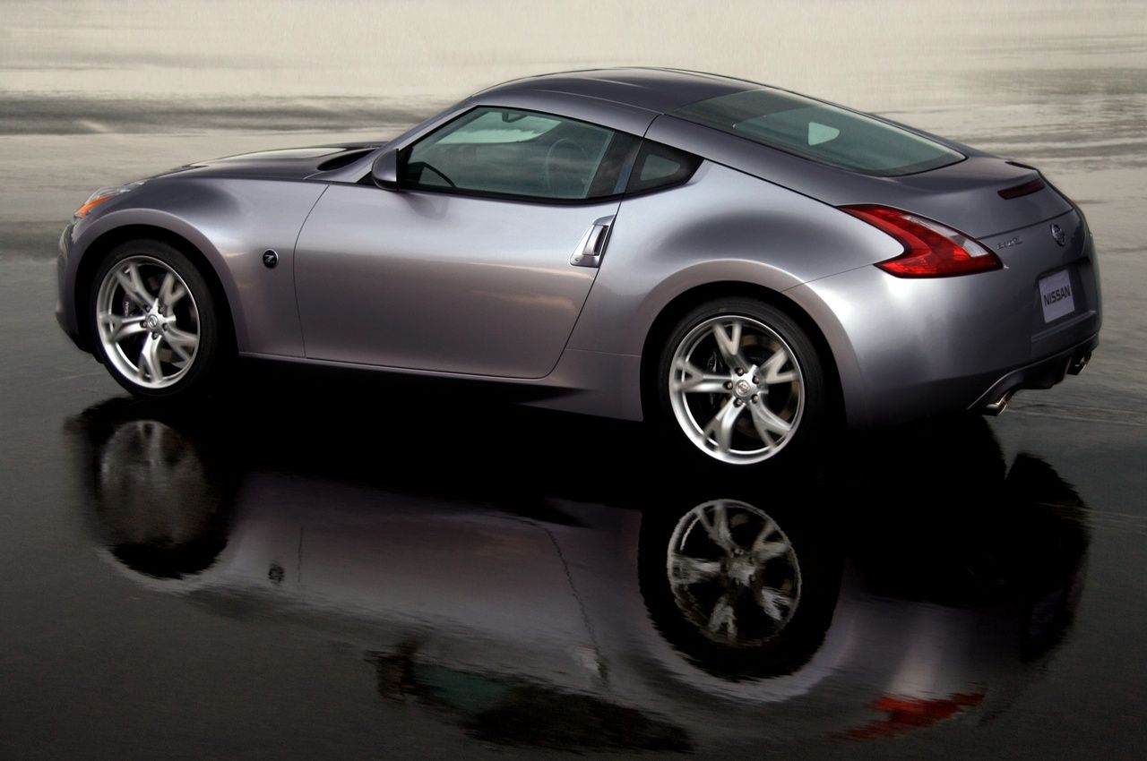 Sweet Hardtop 370z For The Wife Its Either Gonna Be This A Corvette Or Cadillac Coupe