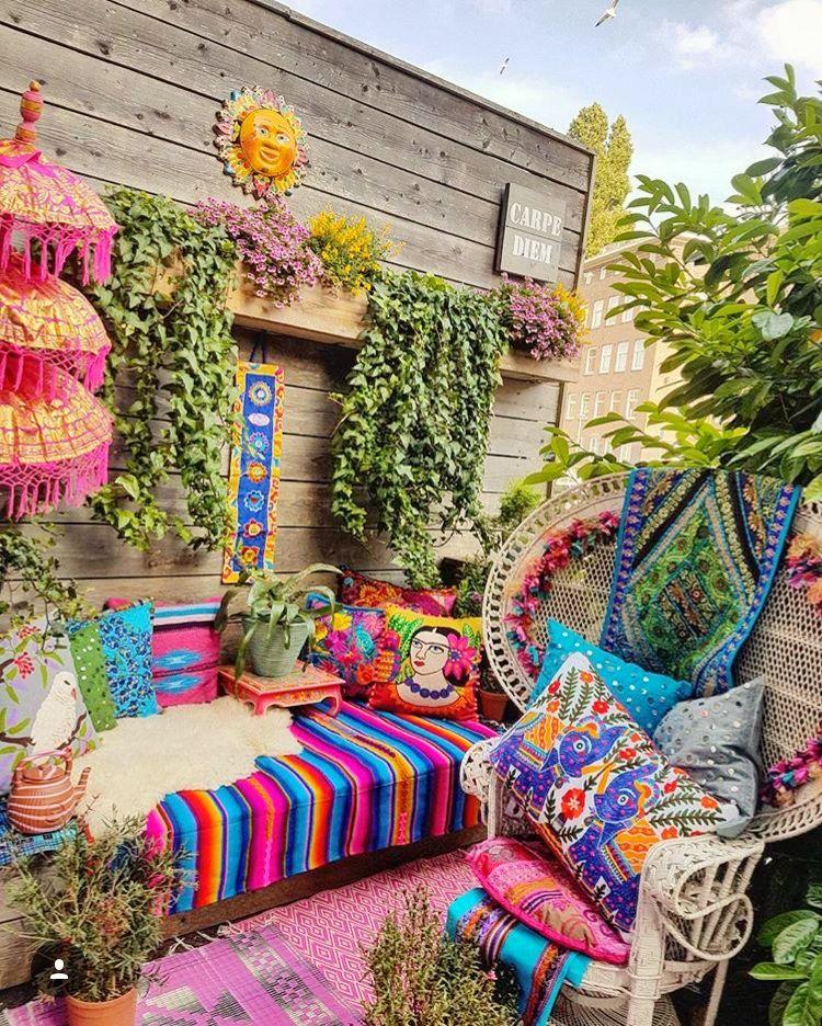 Roses In Garden: Boho, Gypsy, Hippie Decor