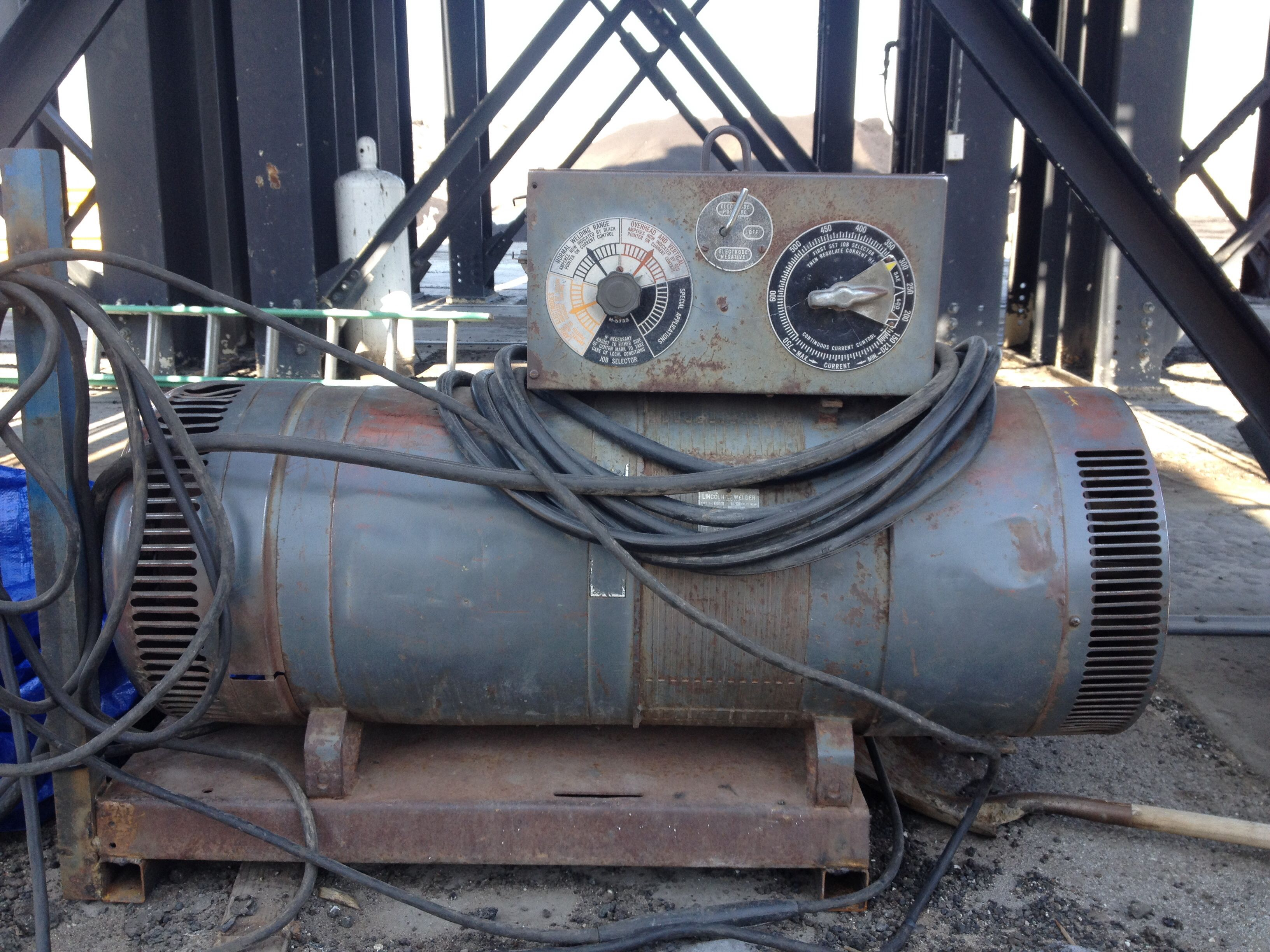 Love The Old Torpedo Welders They Are Lucky To Still Have One Welding Rigs Lincoln Welders Welding Projects