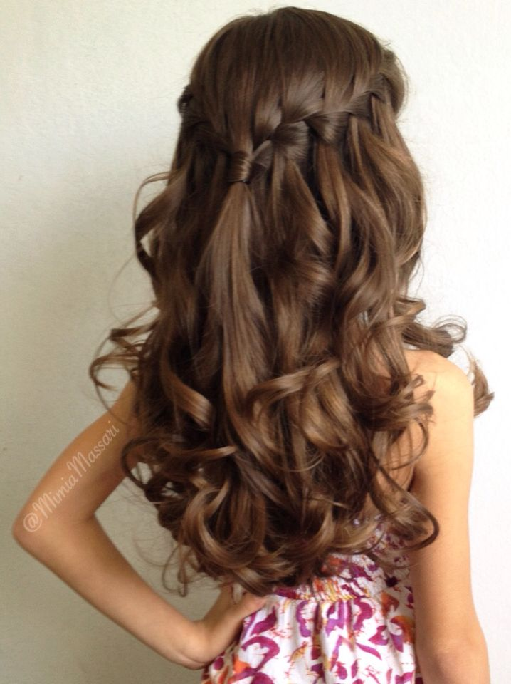 Waterfall braid with curls by @mimiamari | Braids