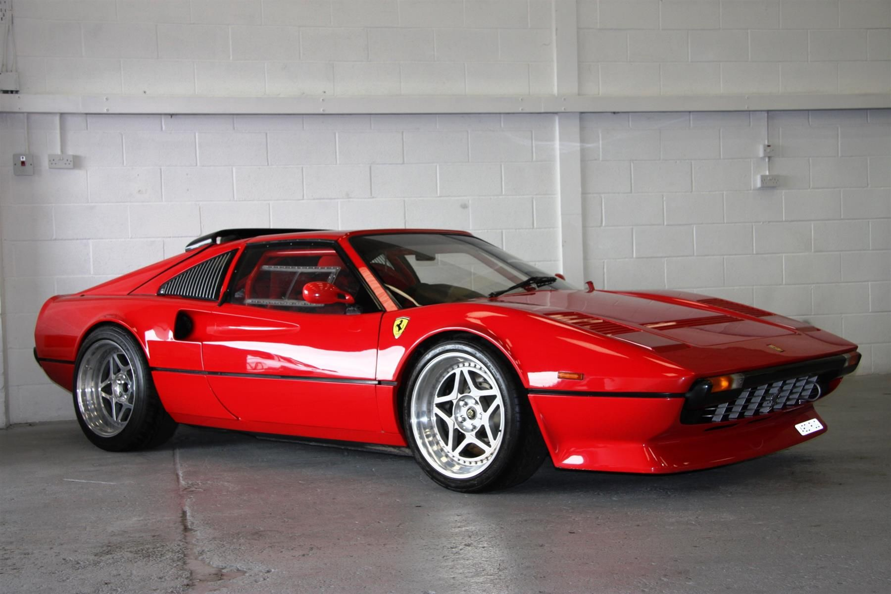 1984 Ferrari 308 Maintenance/restoration of old/vintage vehicles ...