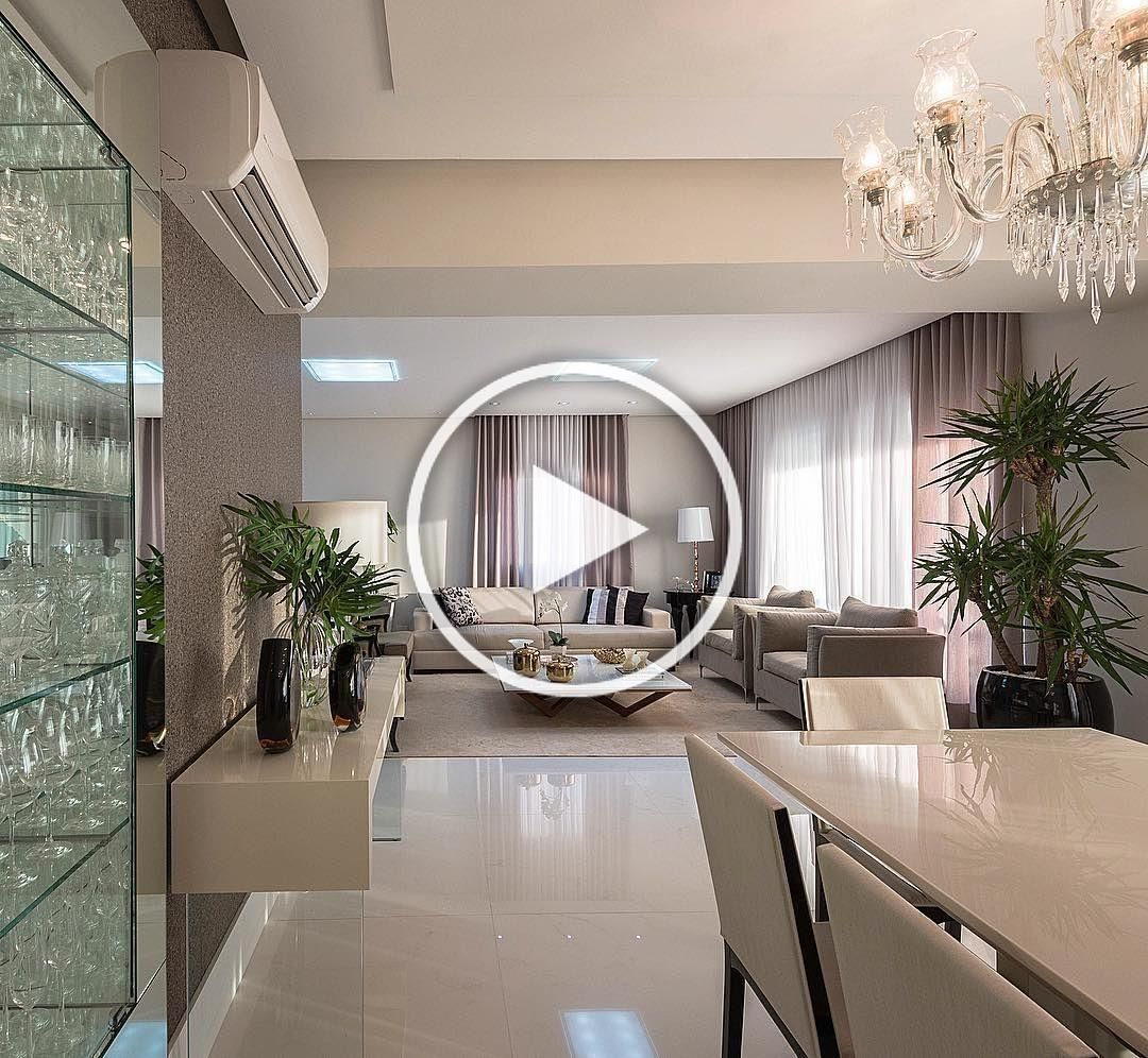 Salas integradas #fernandamarchettearquitetura 📷@favarojrfotografia #livingroom #salas #arquiteturadeinteriores #arquiteta