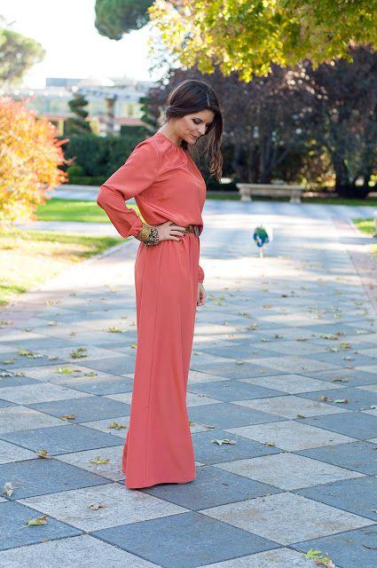 Alquiler de vestidos y accesorios - Dresseos  e146725944c6