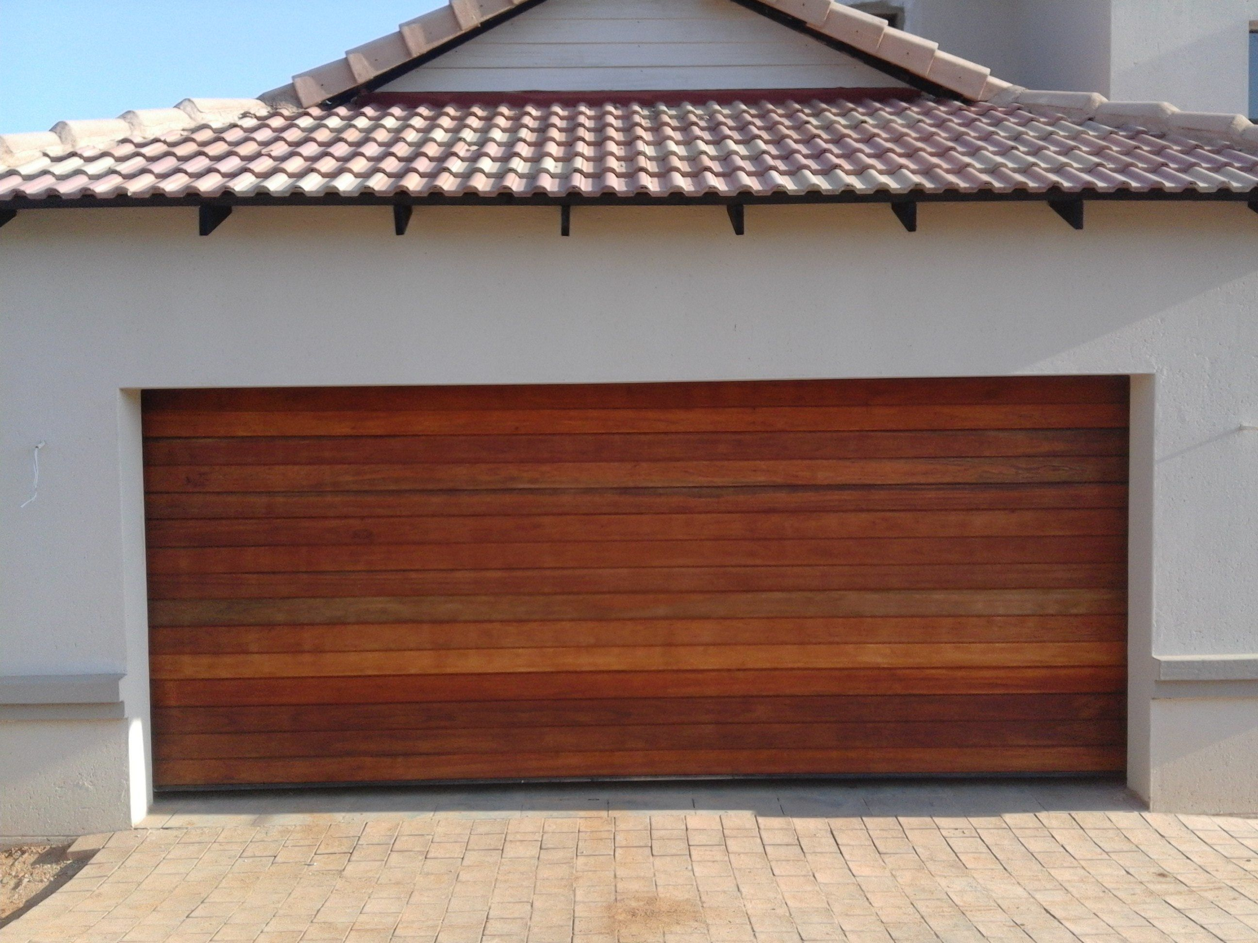 Wooden Garage Doors Images