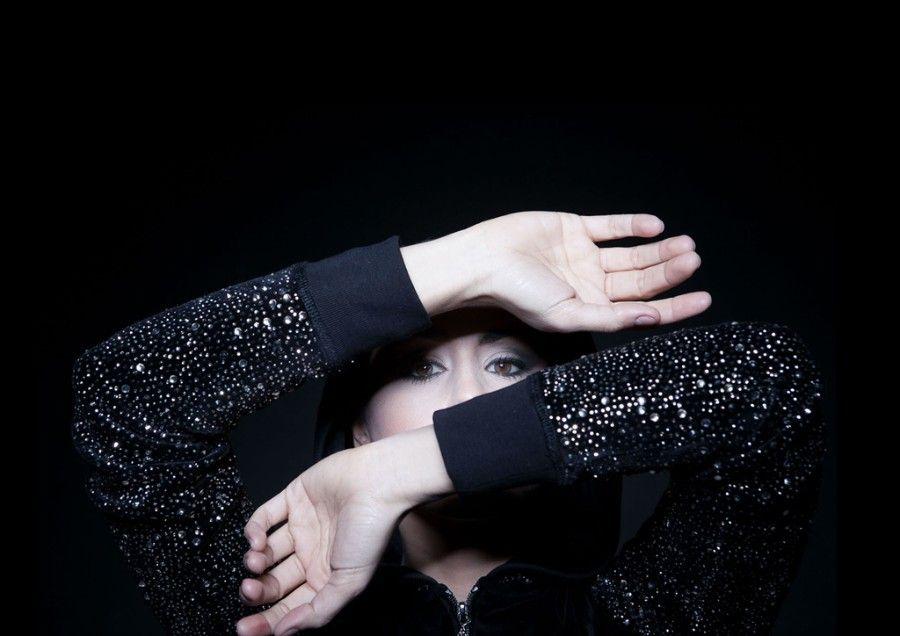"Madrid-based singer-songwriter Barei releases New Single ""Say Yay!"" / スペインのシンガー・ソングライターBareiことBárbara Reyzábalが、新曲「Say Yay!」を発表した。"