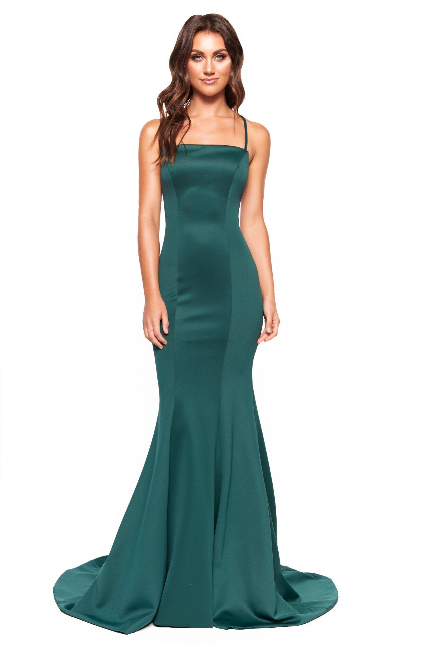 A N Luxe Amira Emerald Gown With Straight Neckline Lace Up Back Fancy Dresses Dresses Stylish Dresses [ 2249 x 1500 Pixel ]