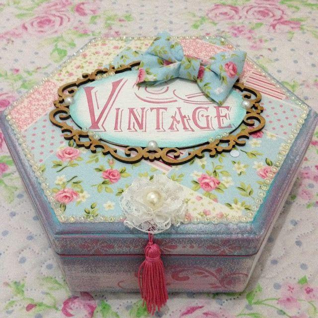 Ateliê da Gabriela: Um projeto por mês: caixa vintage
