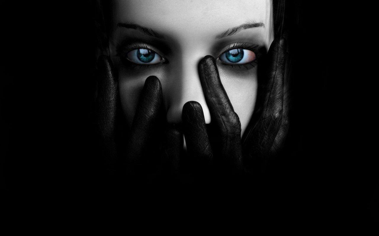 Pin By Nora Gintere 7 4 On Dark In Art Eyes Wallpaper Black Hd Wallpaper Gothic Wallpaper