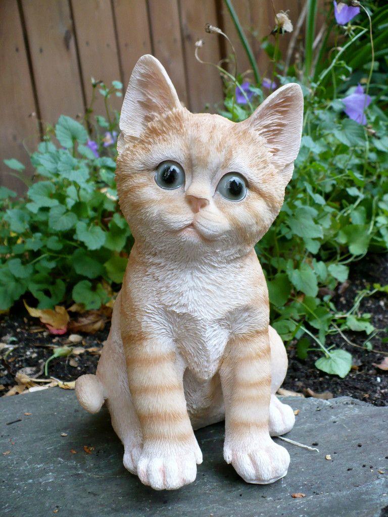 Calico Cat Figurine Kitten 8 In Animal Farm Resin Box Fake Straw Feline Tabby Cat Kitten Calico Cat