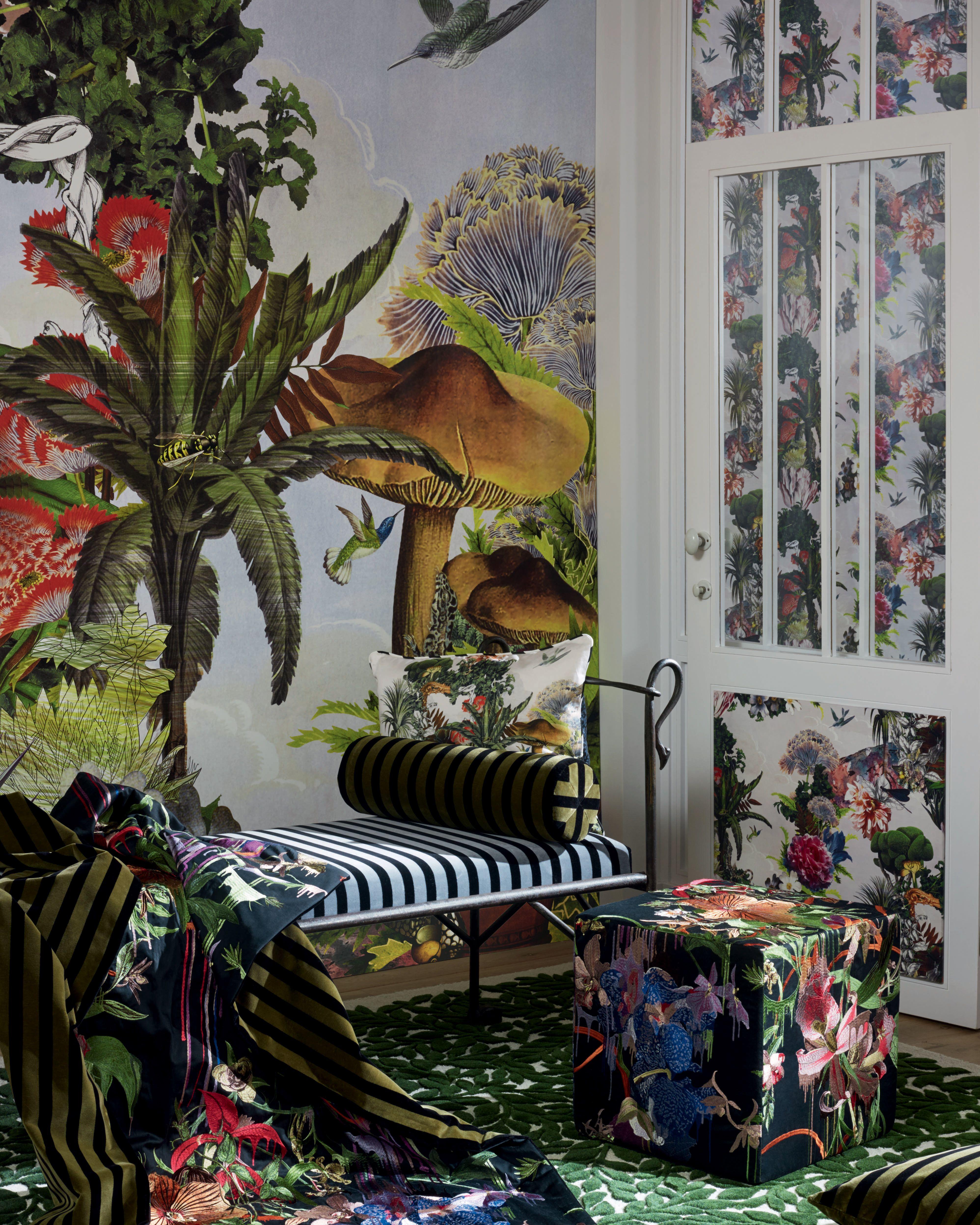 Un jardin botanique prend place dans cette décoration d\'intérieur ...