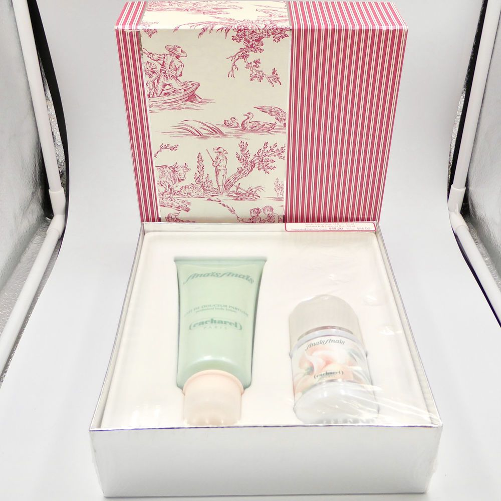 Cacharel Anais Anais Gift Set Eau De Toilette Spray 3..4 oz Body Lotion 6.7 oz #Cacharel