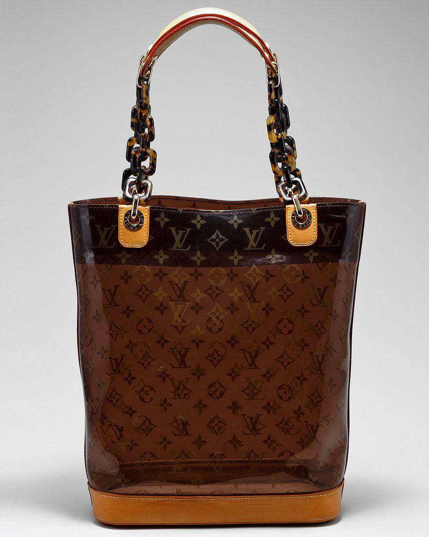 Boutiques. Louis Vuitton ...
