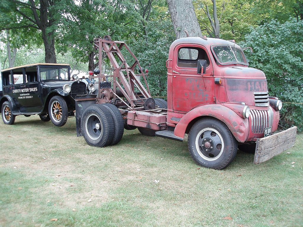 Chevy COE Wrecker | Tow truck, Antique trucks and Chevy pickups