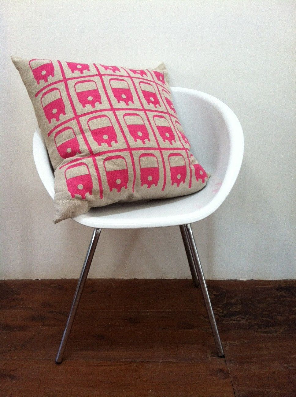 hand printed cushion ccver from Souk 58. cute store in Galle Fort ,Sri Lanka