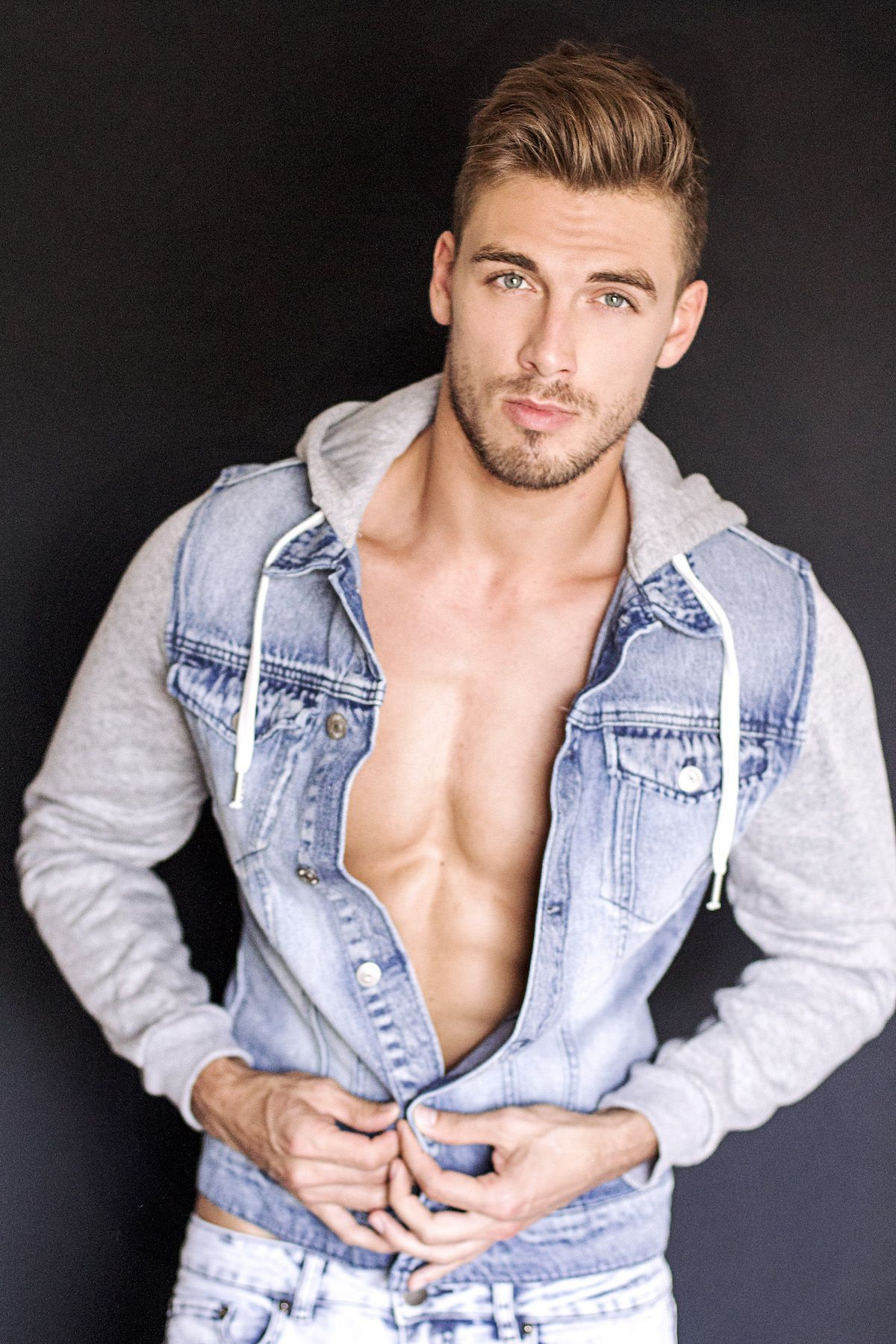 emerson single gay men B-gaycom is an exciting place for gay men max emerson has the cutest gay we have proudly been providing our community with gay chat & dating services, gay.