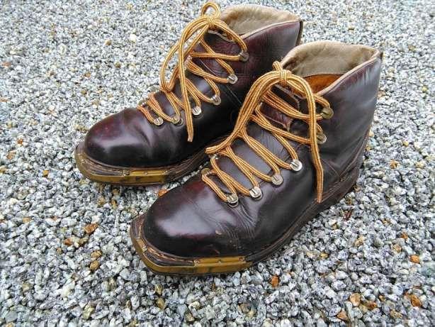 Stare Buty Narciarskie Szklarska Poreba Image 1 Boots Light Boots Danner Mountain Light Boot