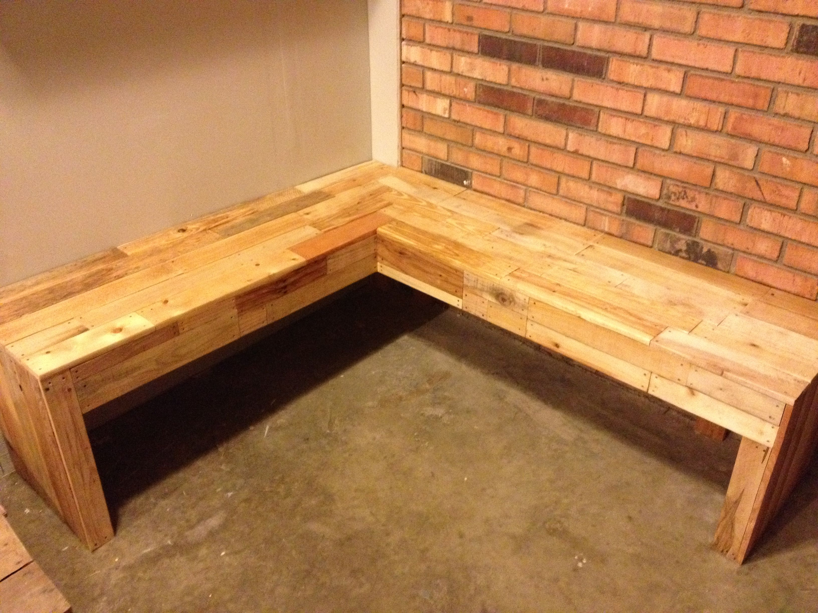 Corner Bench Made From Pallets Completed Projects Pinterest Corner Bench Pallets And Bench