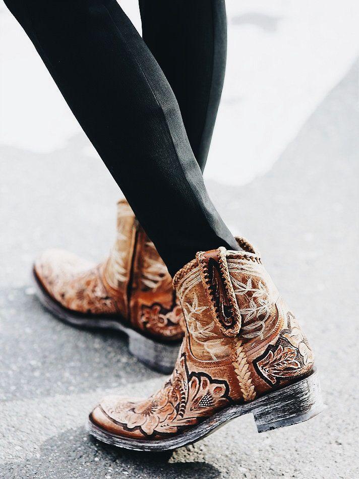 3ca2e11685 Pin de Sarah Miller en shoes