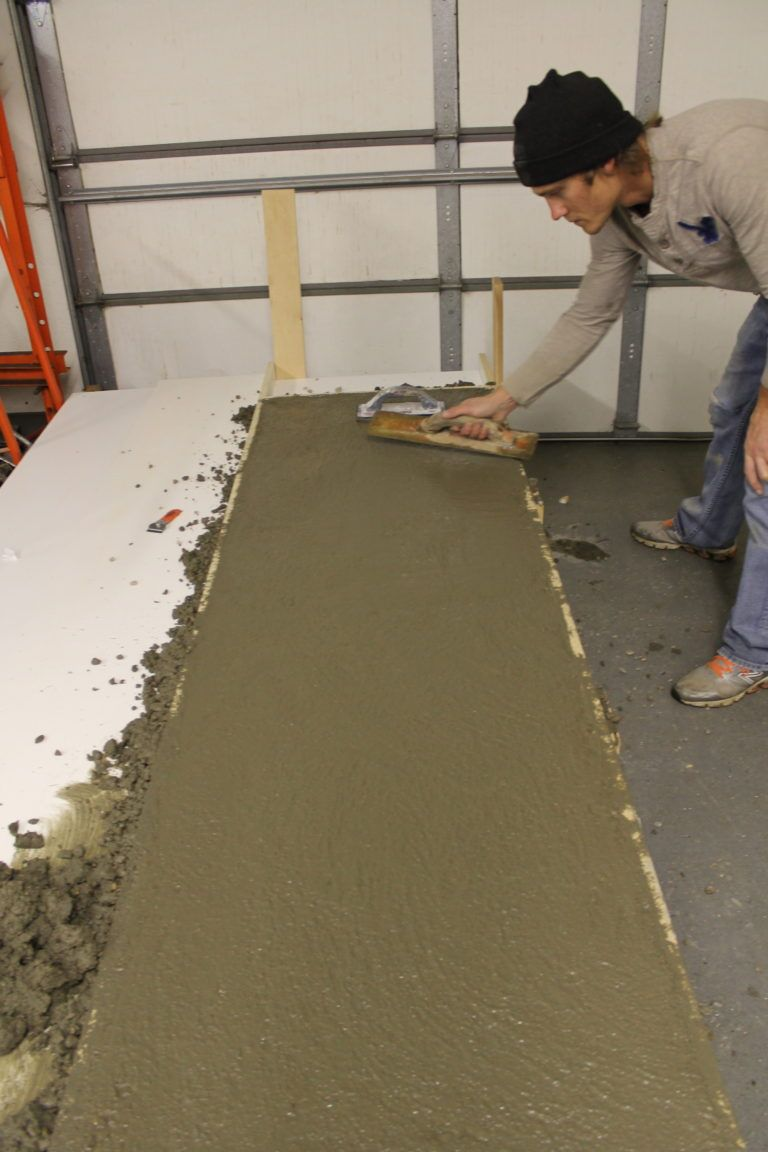 How To Make Concrete Countertops With Images Making Concrete