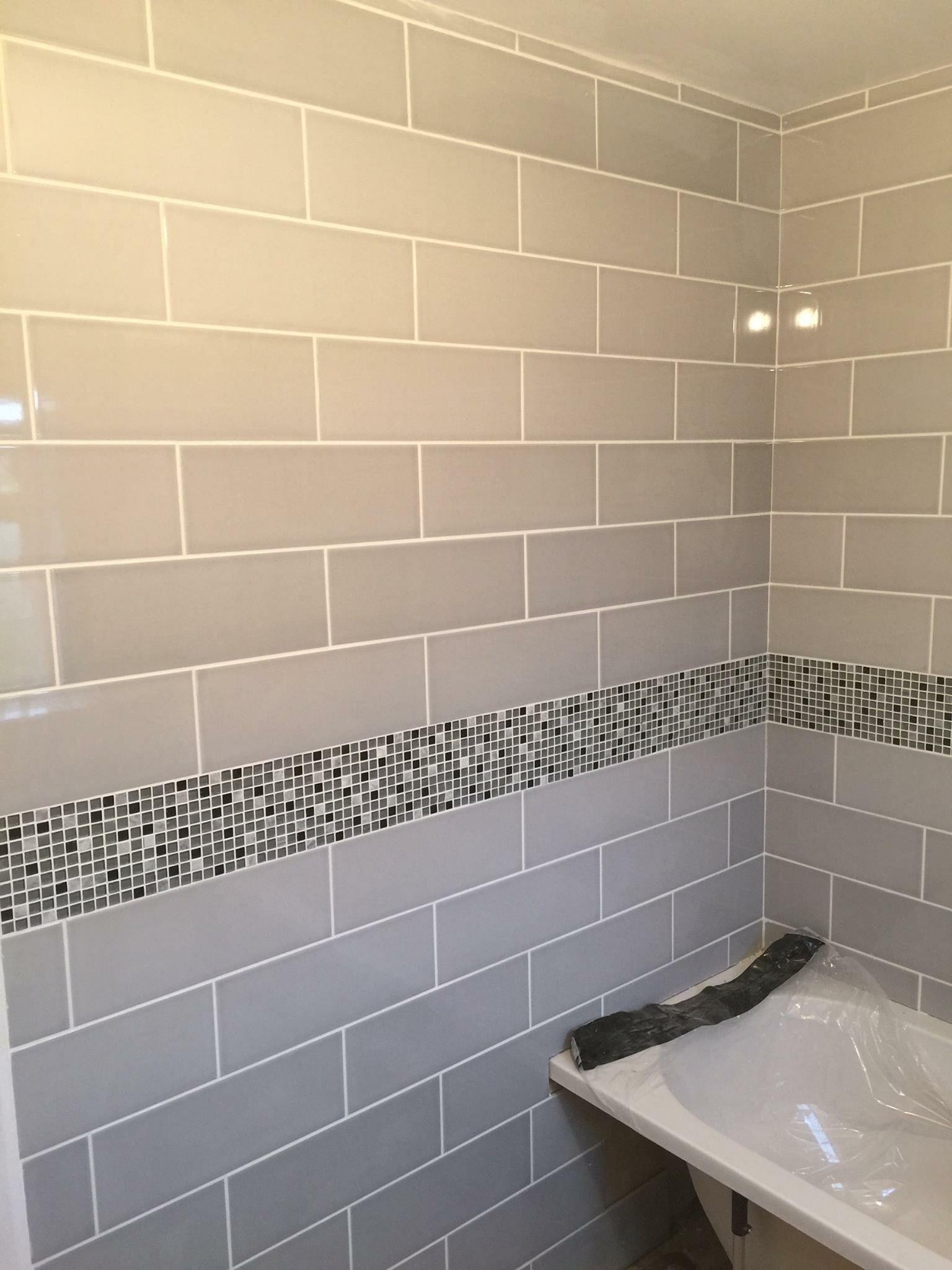 Attingham Mist Wall Tile With Mosaic Border Bathroom Wall Tile