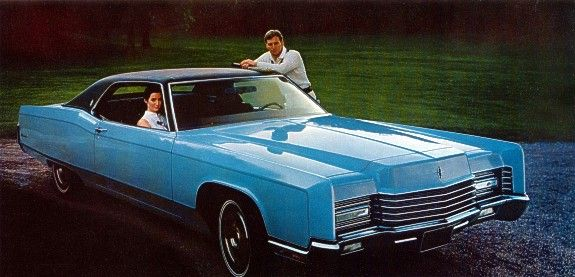 1970 Lincoln Continental Coupe Shown In Light Blue With Optional Black Vinyl Roof Lincoln Continental Lincoln Cars Continental Cars