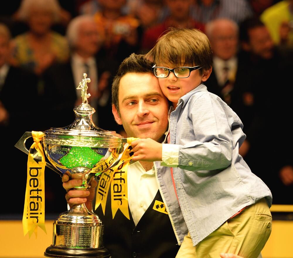 Ronnie O'Sullivan @ 2013 Dünya Şampiyonası | Snooker | Pinterest | Champion