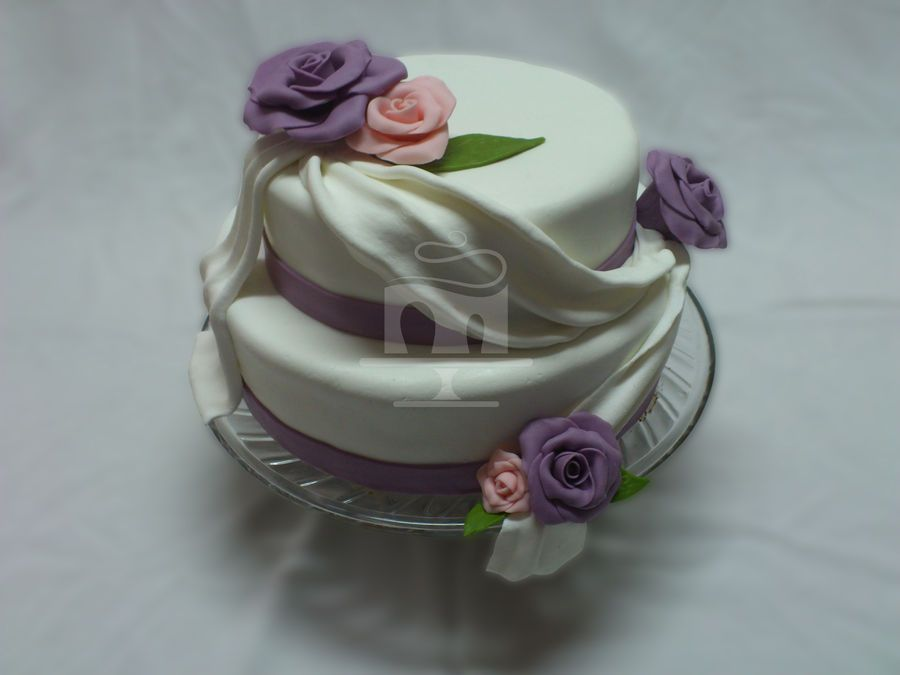 1st try of making wedding cake :D