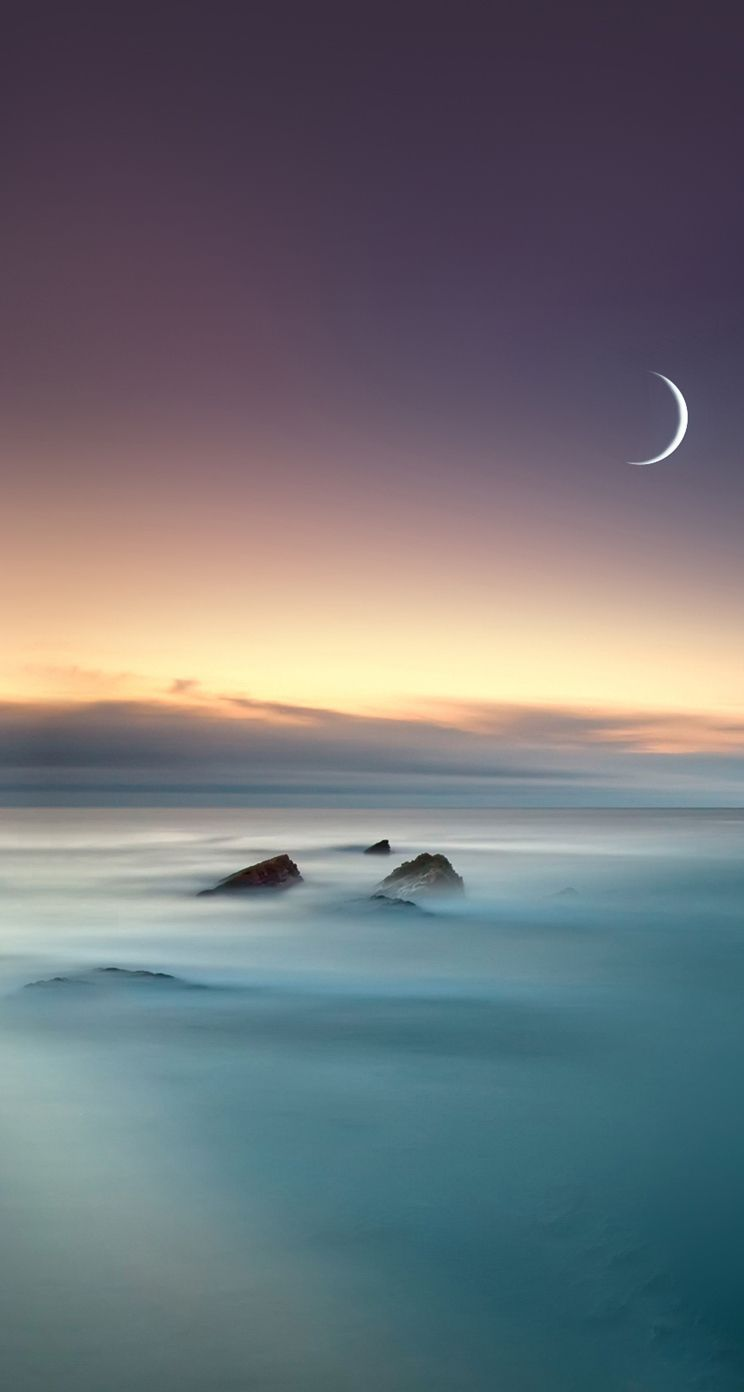 Scenic Lake Fog Mist Moon Eclipse iOS 8 iPhone 5 Wallpaper