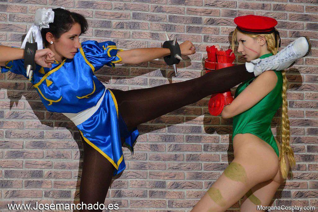 Chun Li Vs Cammy Cosplay. Street Fighter. by Morganita86 ...