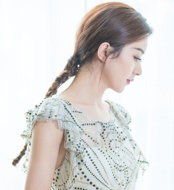 Triệu Lệ Dĩnh xinh đẹp với tóc tết 9