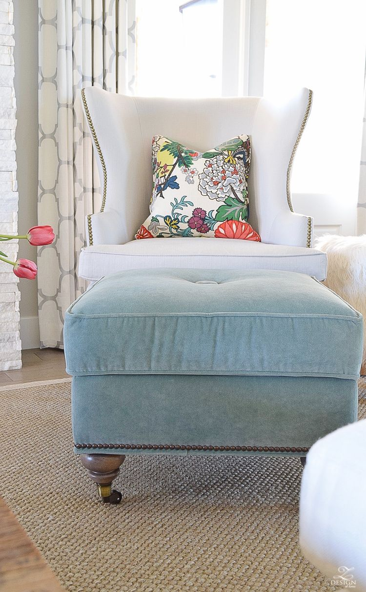 6 Simple Tips For Updating A Traditional Chair Living Room Decor