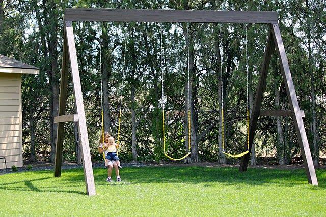 Dandee Swinging Backyard Swing Sets Swing Set Backyard Swings