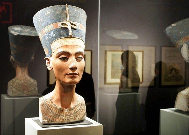 Localização dos restos da rainha Nefertiti ainda é considerada por arqueólogos um grande mistério  (Foto: Michael Kappeler/ AFP)