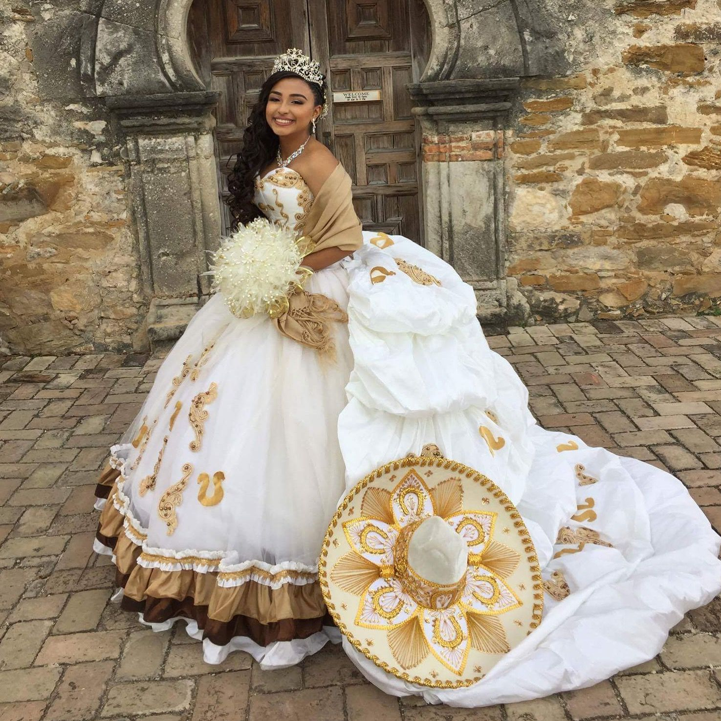 charro quinceanera dress | Платья | Pinterest | Prom and Gowns