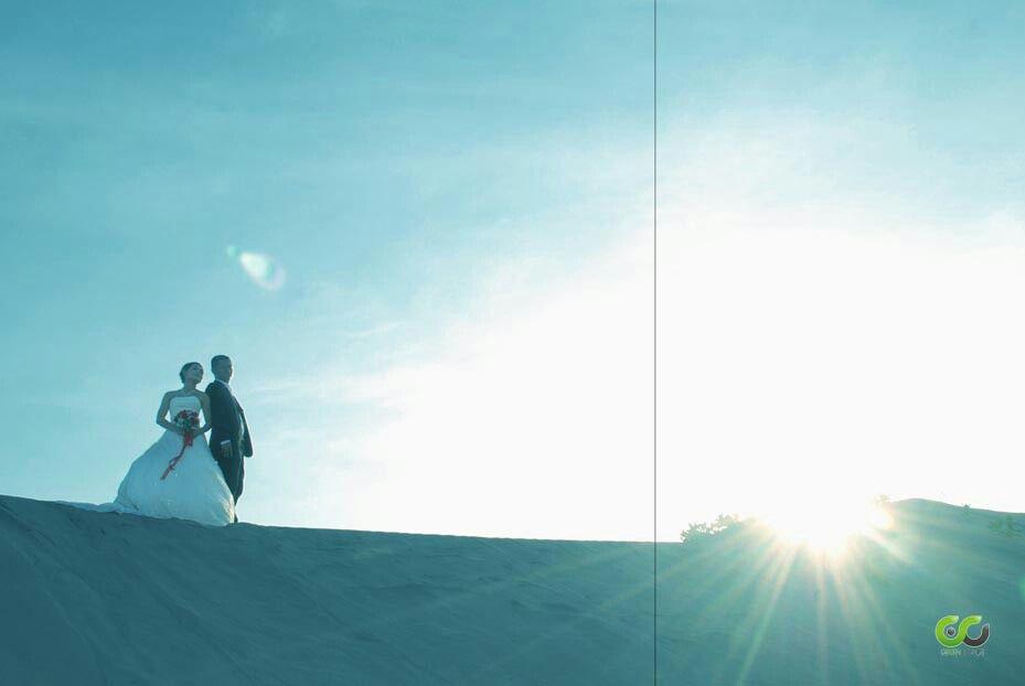1 #prewedding #couple #outdoor #light #photo