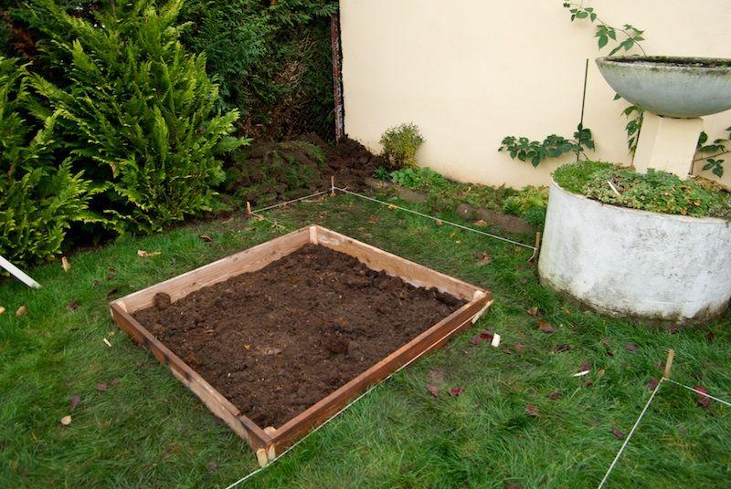construction de votre potager en carr s jardin et plantes vegetable garden garden et. Black Bedroom Furniture Sets. Home Design Ideas