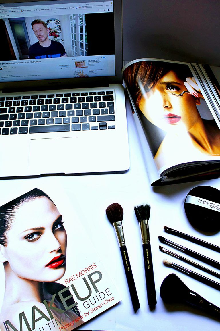 How To A Makeup Artist Professional Training Vs
