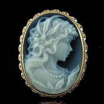 Blue Agate Cameo Pin Pendant Handmade Frame 14k Yellow Gold 499 00 Via Etsy Cameo Jewelry Cameo Pendant Cameo Necklace