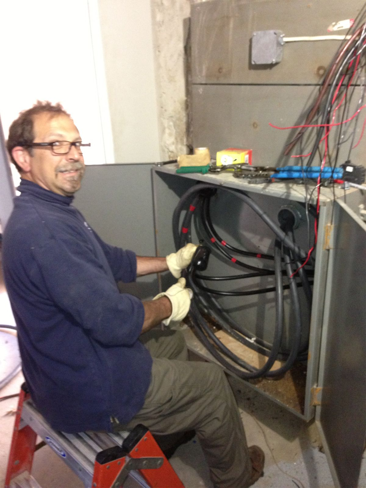 Pin In A Typical New Town House Wiring System We Have On Pinterest