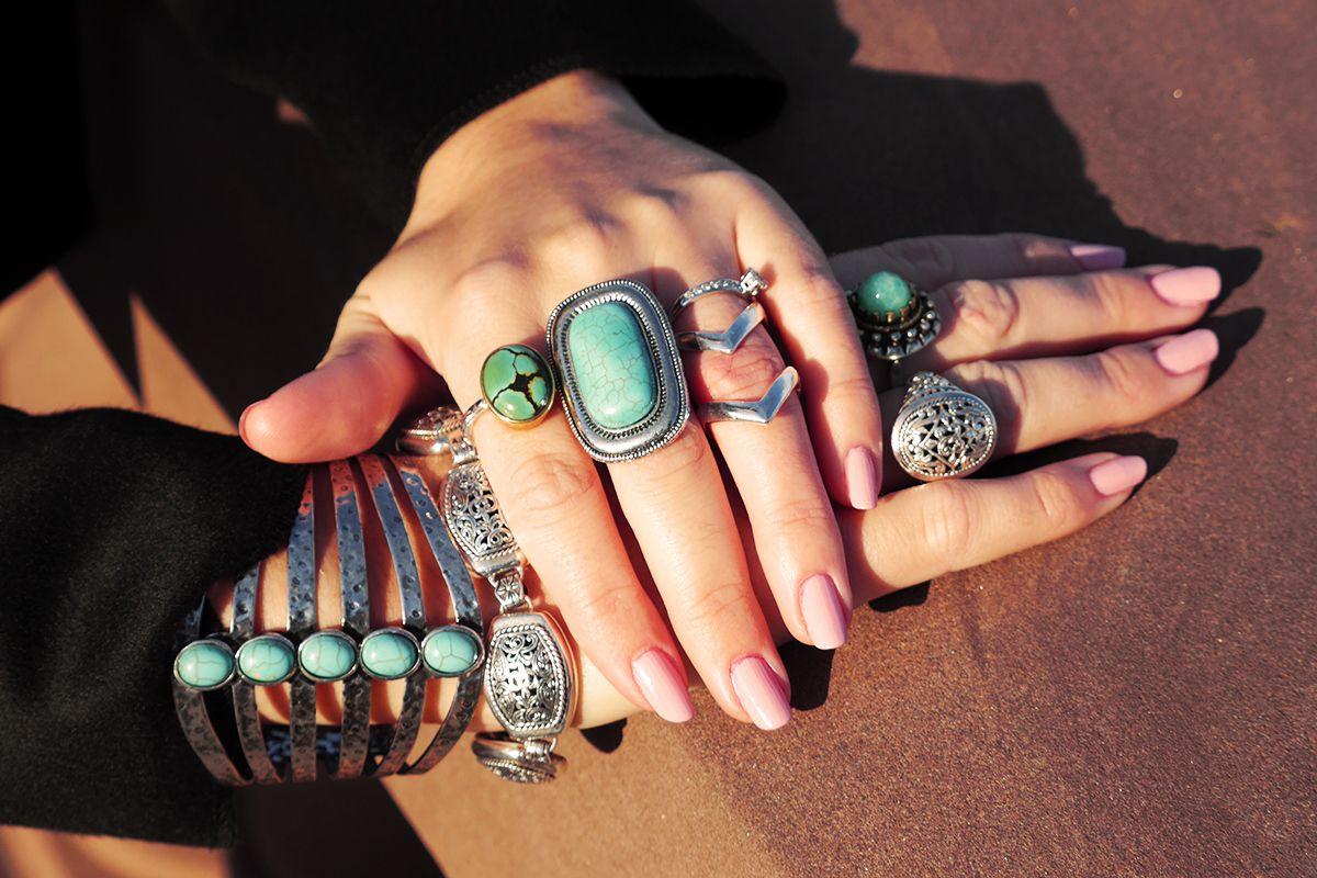 Drama, Baby, Drama! Jewelry overload.