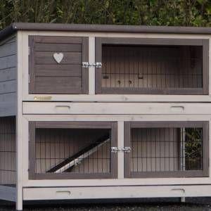 kaninchenstall adrian fave hasen kaninchenstall. Black Bedroom Furniture Sets. Home Design Ideas