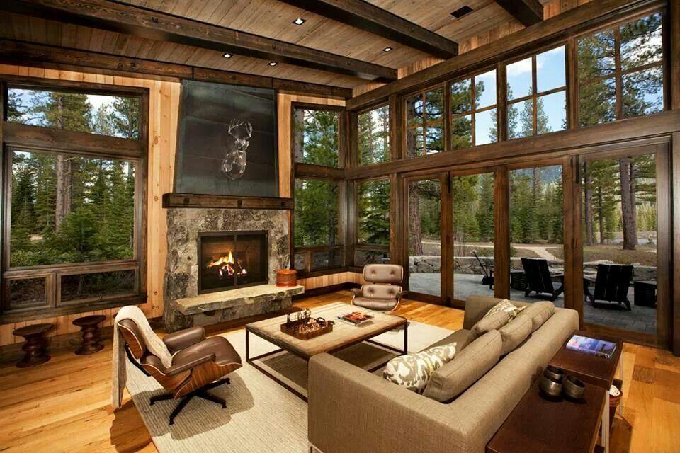 Ermosa sala en el interior de la caba a interiores de for Buscar cuartos de alquiler
