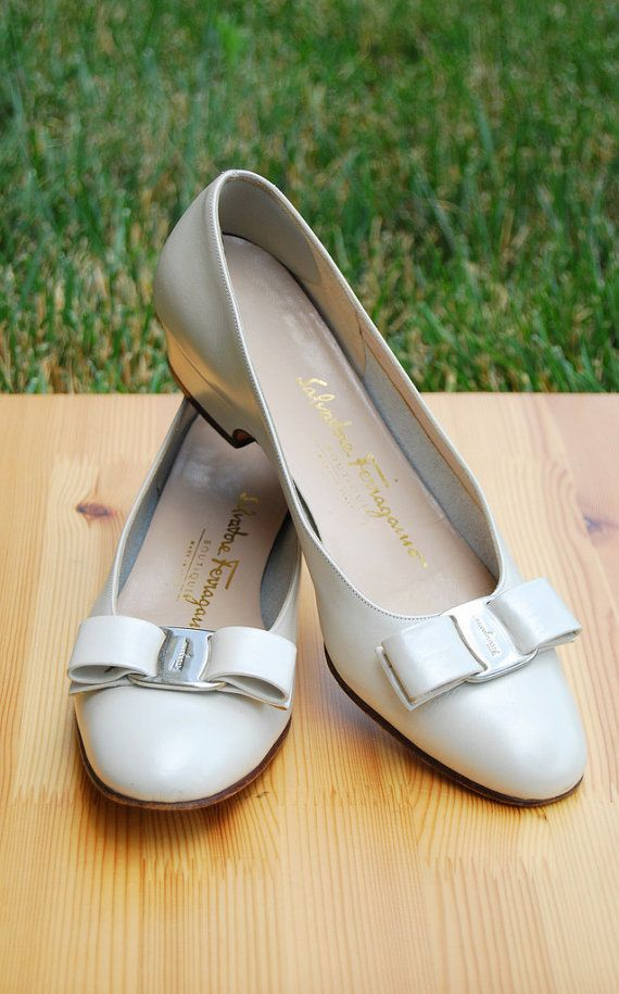 Vara pumps, Bow flats, White leather