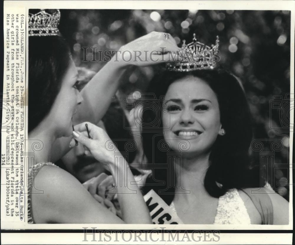 1974 Press Photo Miss Orlando Delta Burke Crowned Miss Florida In Orlando Delta Burke Miss Florida Press Photo
