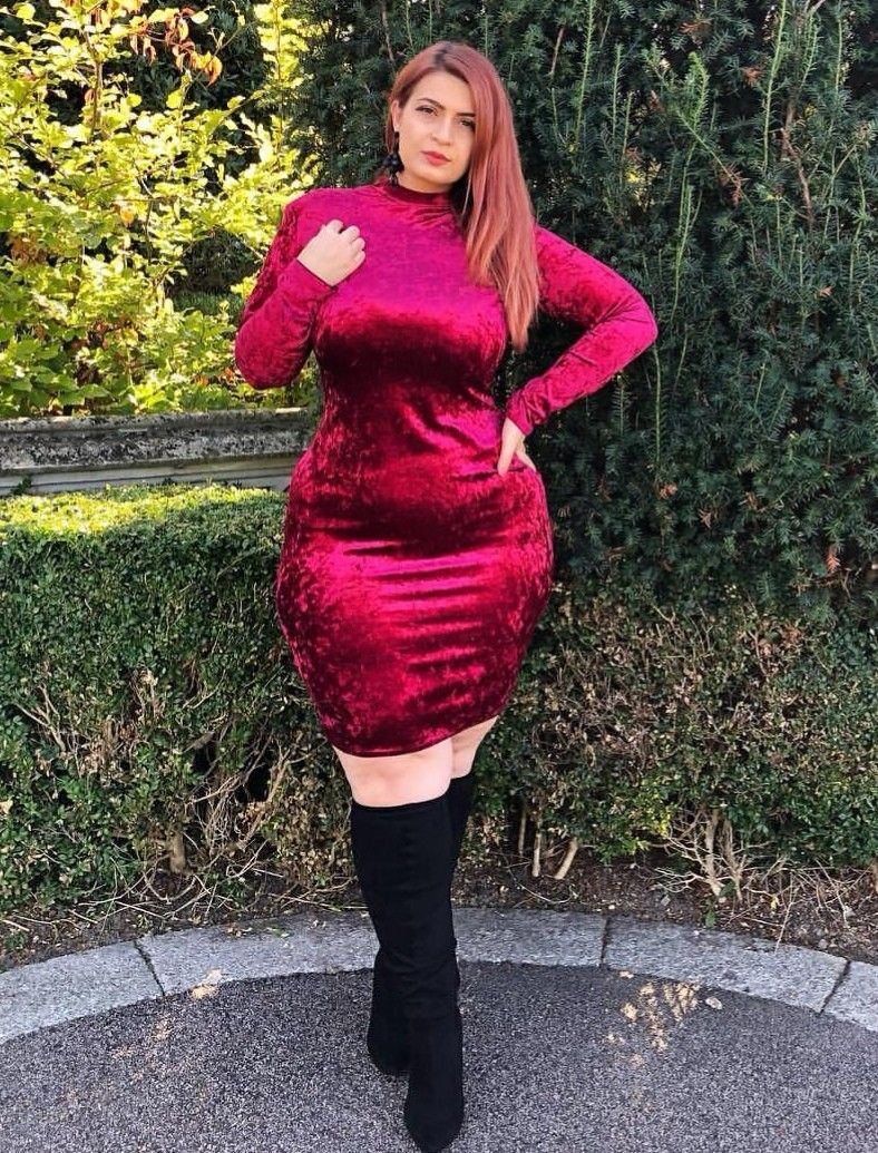 4dffc442453 Ioana Chira Around The Corner, Winter Boots, Beautiful Curves, Plus Size  Women,