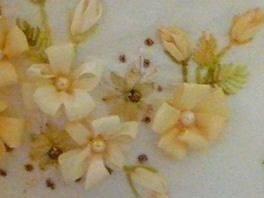 Silk Ribbon Embroidery: Silk Ribbon Embroidery Tutorial - Loop Flower