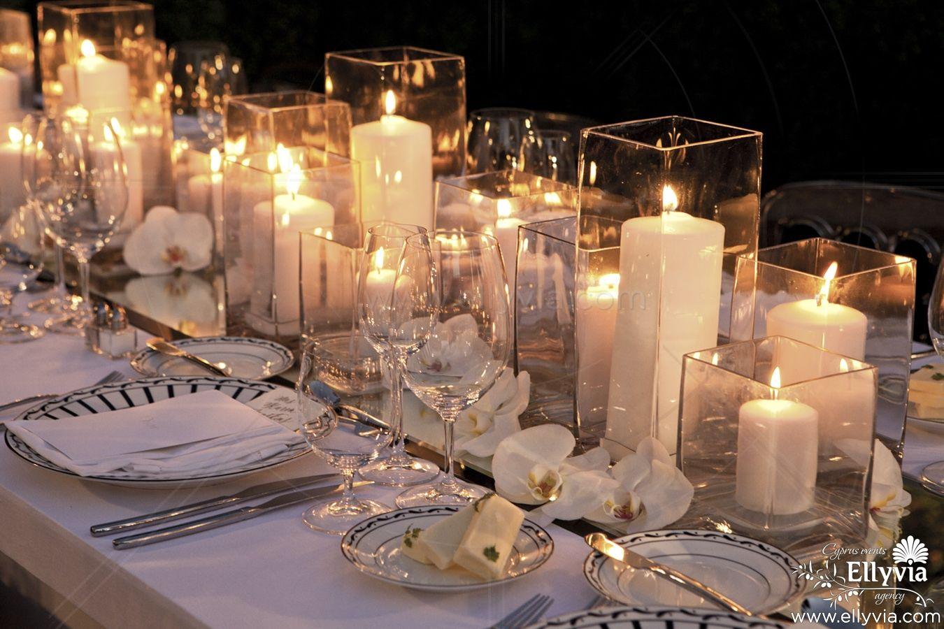 Украшение стола цветами и свечами - дизайн интерьера 80