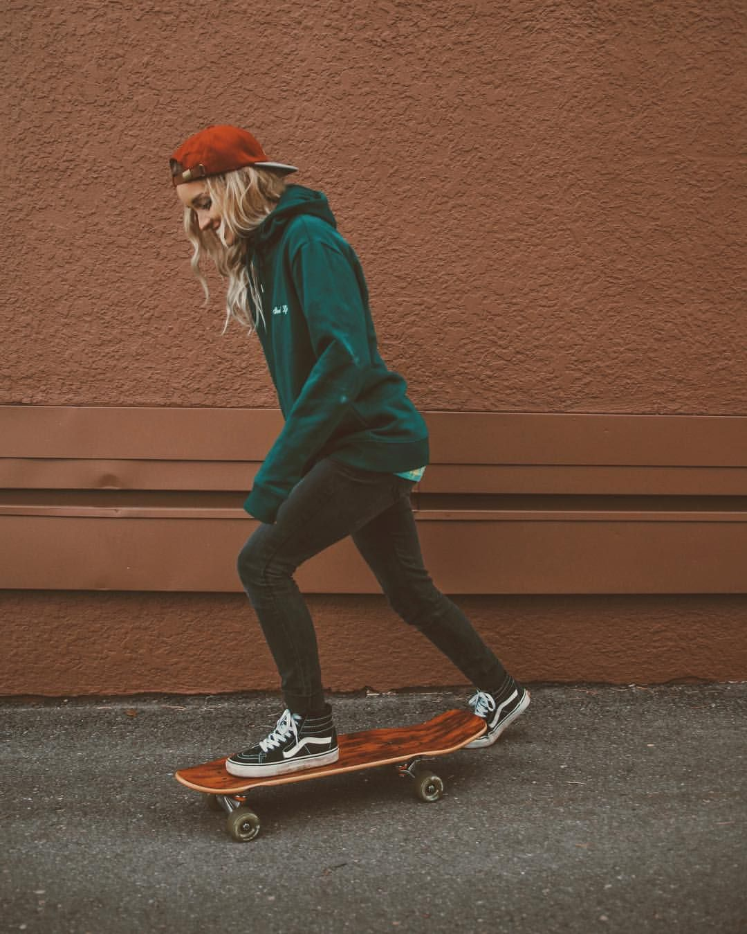 7 726 Likes 38 Comments Hailey Marie Dreaming Outloud On Instagram Hold Up There S Only Like 3 We Skater Girl Outfits Skater Outfits Skater Girl Style