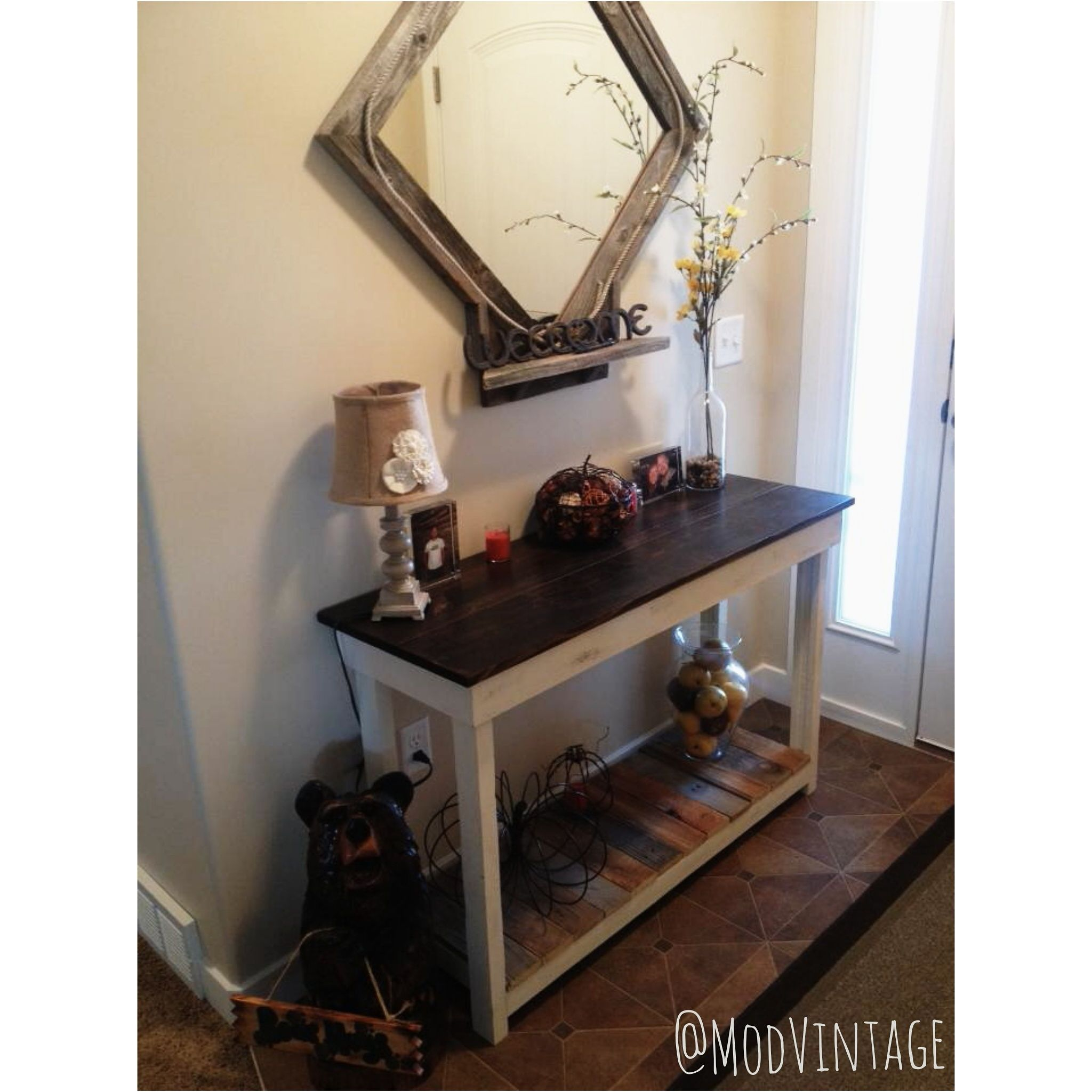 Classic ModVintage Farmhouse Entryway Table by @modvintage